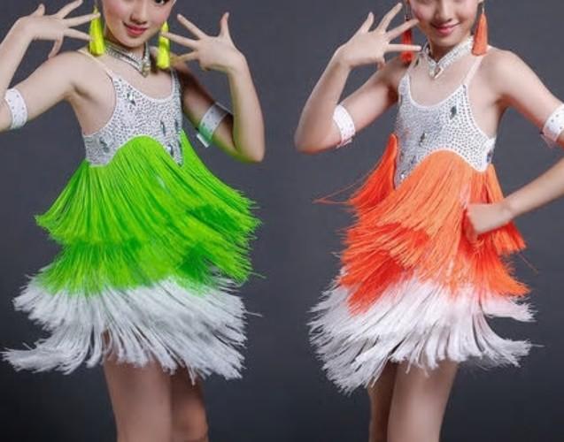 b163b283f811 Dívčí latino šaty SUZIE