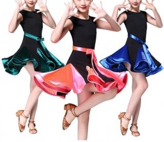 f7997d284dc9 Dívčí latino šaty ZAIRA